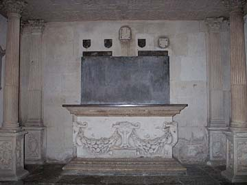 Sir Robert Dormer tomb, Wing Buckinghamshire