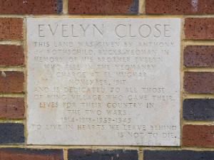 Evelyn Close Plaque 1