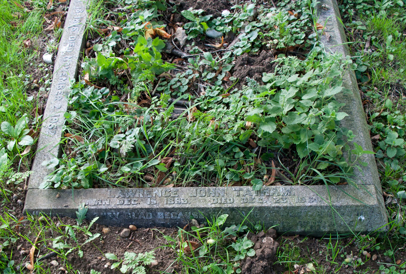Tatham gravestone in Wing Buckinghamshire