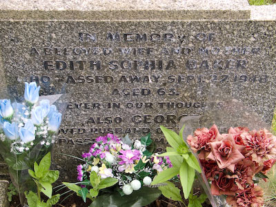 Gravestone of Edith and Sophia Baker of Wing