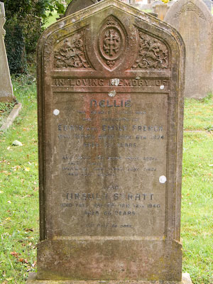 Gravestone of Nellie French and Ursula Syratt of Wing Buckinghamshire