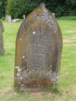 Gravestone of Reuben Syratt and Ann Syratt and Margaret Syratt of Wing Buckinghamshire