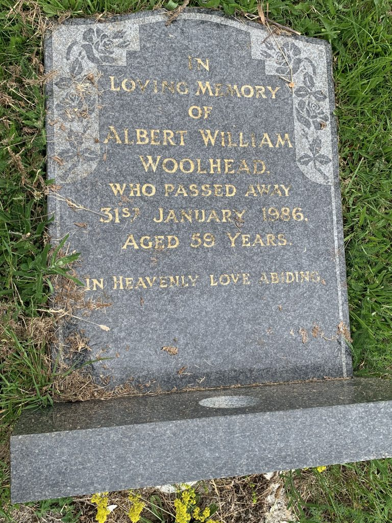 Gravestone of Albert William Woolhead in Wing Buckinghamshire
